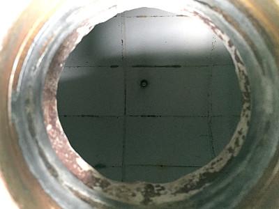 湿式ボールミル 50kg 投入口と内張り